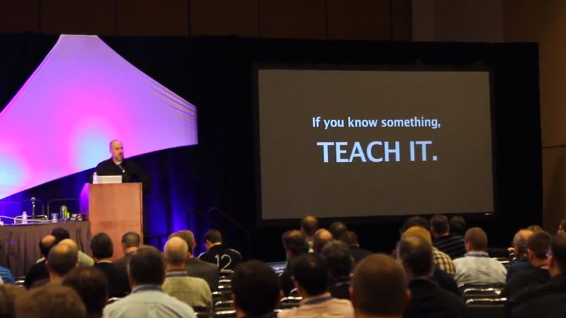 Chip Pearson delivers the key note at MacIT 2013